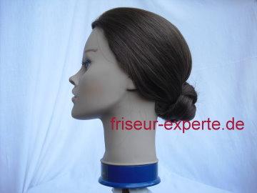 Twist mit tiefem Knoten: Hochsteckfrisuren Bilder – Frisuren selber machen Teil 3