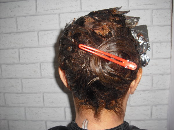 Anleitung: graue Haare abdecken   Vorher   Nachher   Bildergalerie, Grauhaarabdeckung mit Garnier Color Intense 4.3 schoko braun   3600540935939