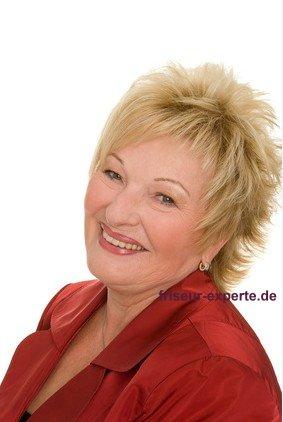 reife Frau mit Pony Frisuren Bild extravagant Ponyfrisuren 2012   mit Stirnfransen Gesicht betonen: schräg oder gerade?
