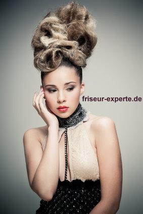 Frisur A La Marie Antoinette Hochsteckfrisur Friseur Experte